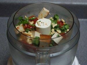 smoked-tofu-roasted-tomato-dip