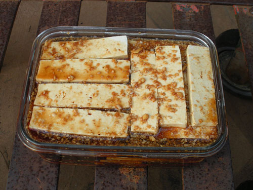 tofu-sticks-marinating